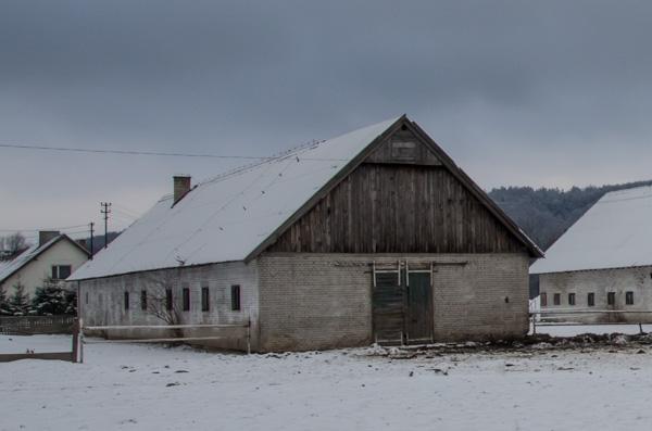 Stara stajnia w Rudawce Rymanowskiej